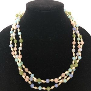 Faux pearl and beads necklace